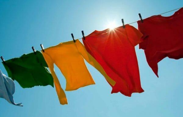 Prendedor e varal de roupas