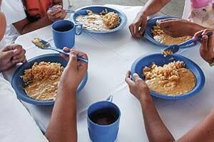 Kit merenda escolar, copo, caneca, prato, colher, tigela, cumbuca